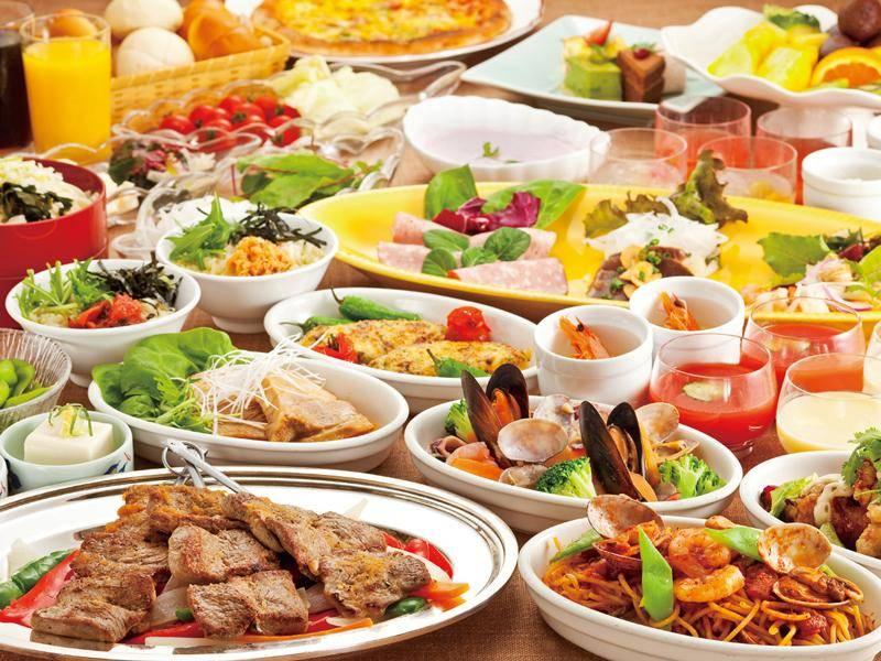 在海濱幕張·舞濱·新浦安的飯店優雅的享受自助餐吧!