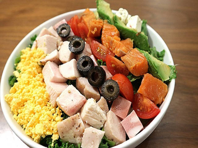 FARMER'S COBB沙拉配龍舌蘭沙拉醬