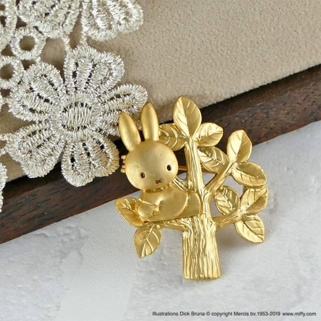 商品名:樹梢米飛兔胸針
