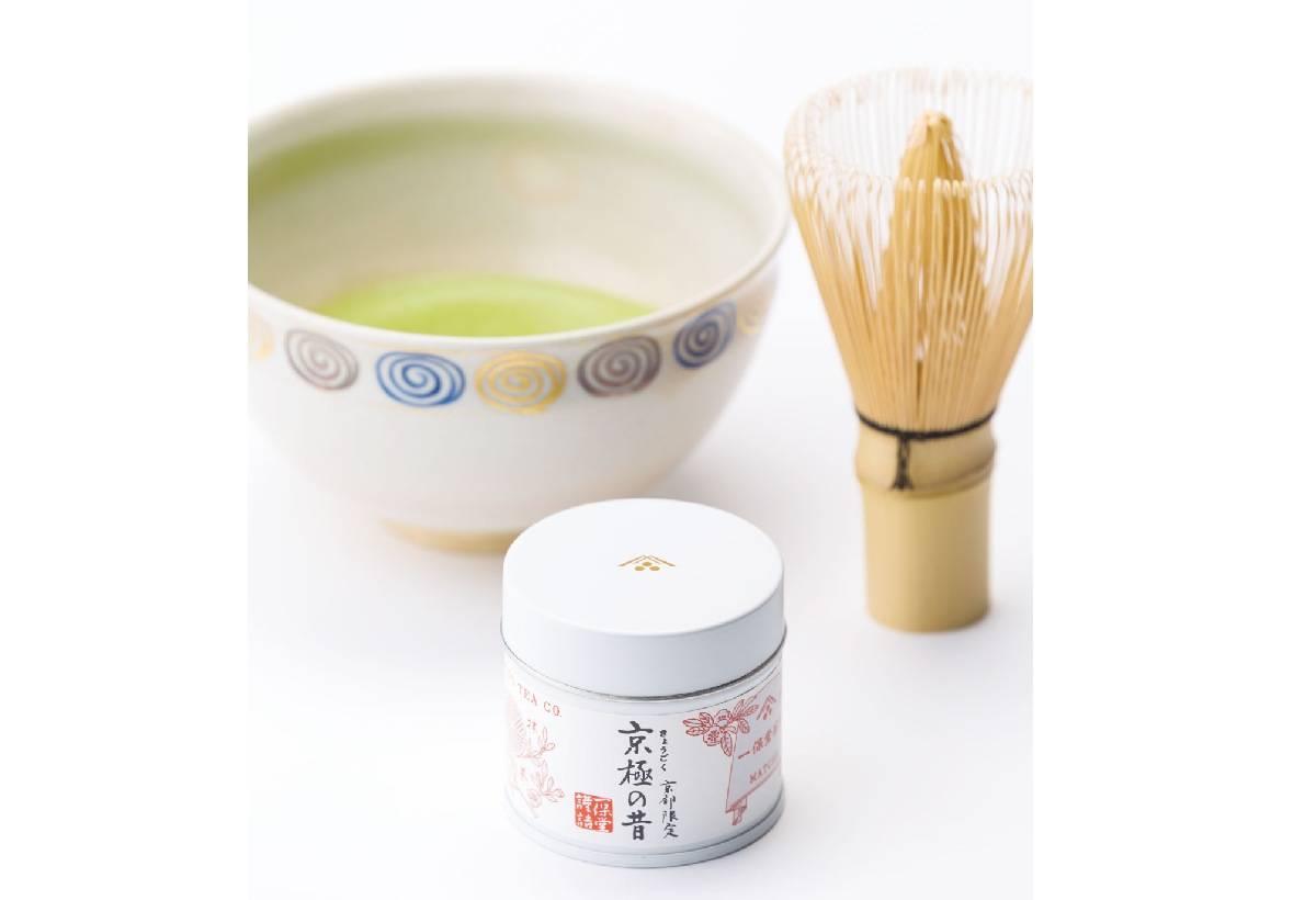 京極之昔( 1 , 2 0 0 日圓)京都地區限定的抹茶商品。