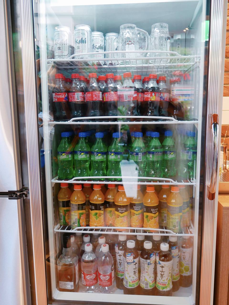 ▲除了基本的套餐主食,另外也有飲料汽水和日本啤酒等飲品可供搭配。