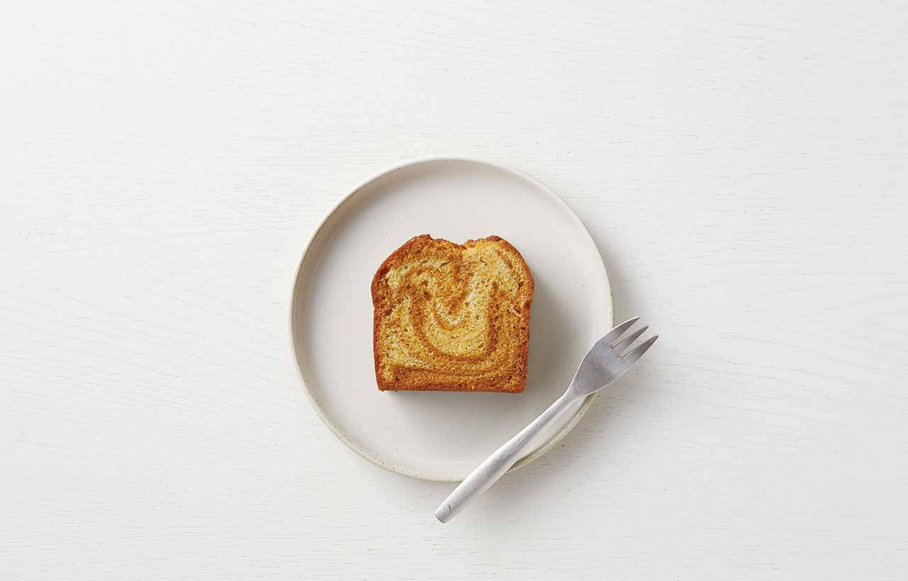 3.「焦糖大理石磅蛋糕」(400日圓),以微苦的焦糖提味