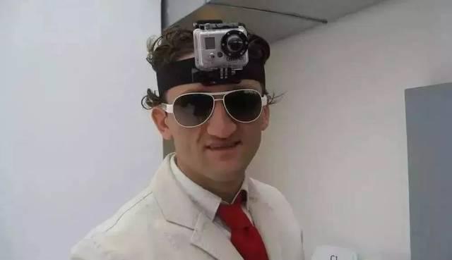 """""""動画ブログ(Vlog)の父""""と呼ばれるCasey N..."""