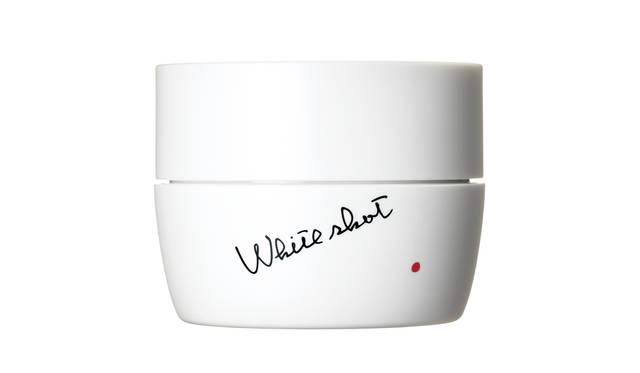 夏の暑さに着目した「ホワイトショット」の美白ジェルクリームが誕生