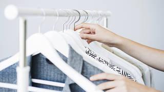 仕事に着ていく服がない? 毎日の服選びがもっと楽になるヒント