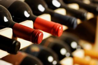 意外な投資術7選  ワイン、アート作品、そして自分自身