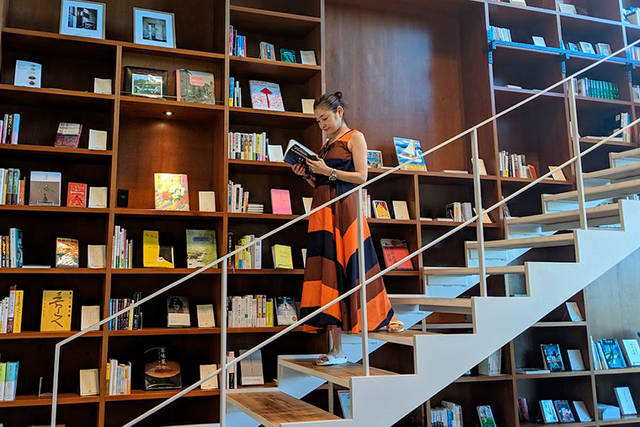 CREATOR'S EYE 第8回 シトウレイが出会った、至福の読書空間「箱根本箱」