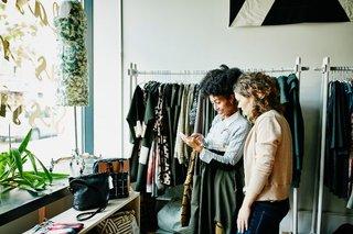 誰も排除しないファッションを Z世代の女性起業家の夢