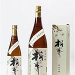 日本酒にはフルーティーな味や香りのするものもあります!おすすめですよ☆