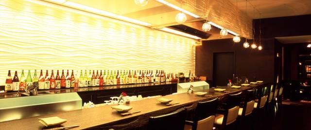 日本酒バー<天乃川> | 新宿のホテルなら京王プラザホテル【公式サイト】 (4627)