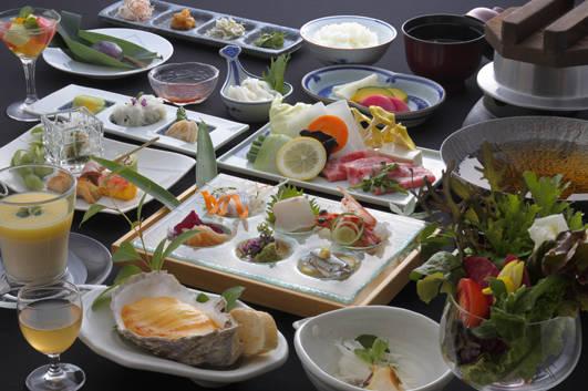 お料理 | 宮島温泉と厳島神社の観光を楽しめる旅館 錦水館 (5268)