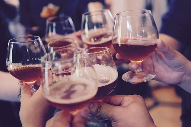 Glasses Toasting Cheers - Free photo on Pixabay (5927)