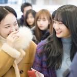 韓国アイドルに学ぶ!「TWICE」の空港ファッションは人気のスタイル♡♪