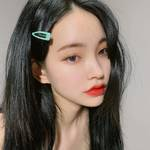 """夏のメイクのポイントに♪しっかり映える韓国女子オススメの""""ラメシャドウ""""♡"""