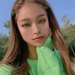 韓国女子に学ぶ♪「トレンドカラーグリーンのオシャレな使い方」♡