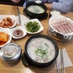 ソウルで食べられる美味しい「テジクッパ」のお店をご紹介♡