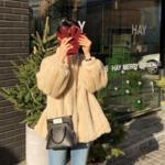 冬アイテムを先取り!韓国女子が注目する冬のアウタースタイリングは#フェイクファーで♡
