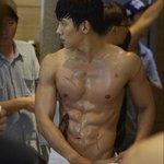 韓国男子の憧れのスタイル♪ 身体がカッコいい韓国男性芸能人特集♡