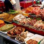 食べ歩き屋台が立ち並ぶ☆ ソウル南大門市場で食べたい韓国グルメ♪
