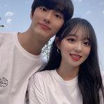 夏は恋人と一緒にお揃いコーデ♪ 韓国人に人気のカップルTシャツ特集♡