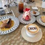 高級感あふれる空間が素敵すぎる「Dior Café」に行ってみたい!♪