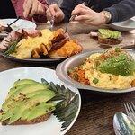 美味しい&美容に最適♡おしゃれなアボカド料理を食べられるソウルのお店特集