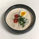 韓国の夏を味わえ!豆腐と豆乳で作る涼しい韓国の麺料理『ドゥブコングクス』の作り方❤︎