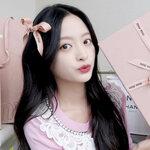 ご褒美に【MIU MIU】で何買う?韓国女子セレクトの女子力UPアイテムに注目❤︎
