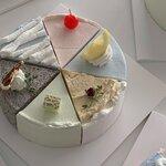 可愛すぎるケーキに注目!!ホンデカフェ「バナナハルキ」♡