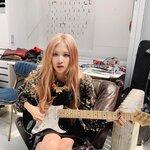 特技はギター?実は「ギター」が弾ける⑩人の韓国女性アイドルを紹介♡