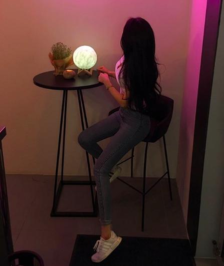 www.instagram.com/ (1247)