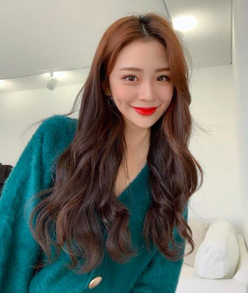 https://www.instagram.com/h_yunjji/ (12695)