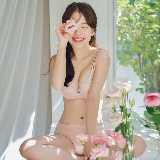 https://www.instagram.com/haneul__haneul/ (27089)