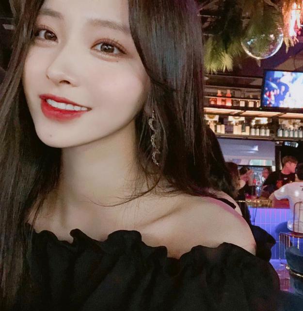 """김나희 on Instagram: """"집순이 오랜만에 나온 날 😆"""" (34610)"""