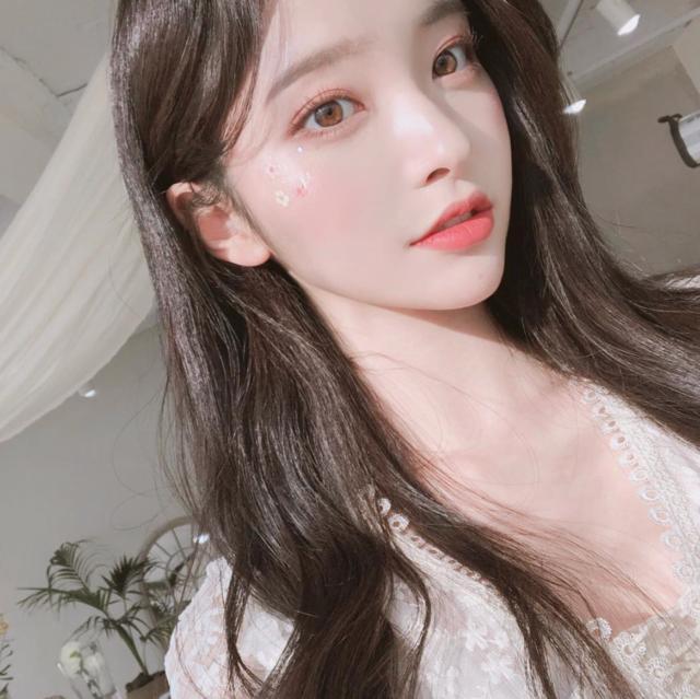 """김나희 on Instagram: """"💐"""" (34614)"""