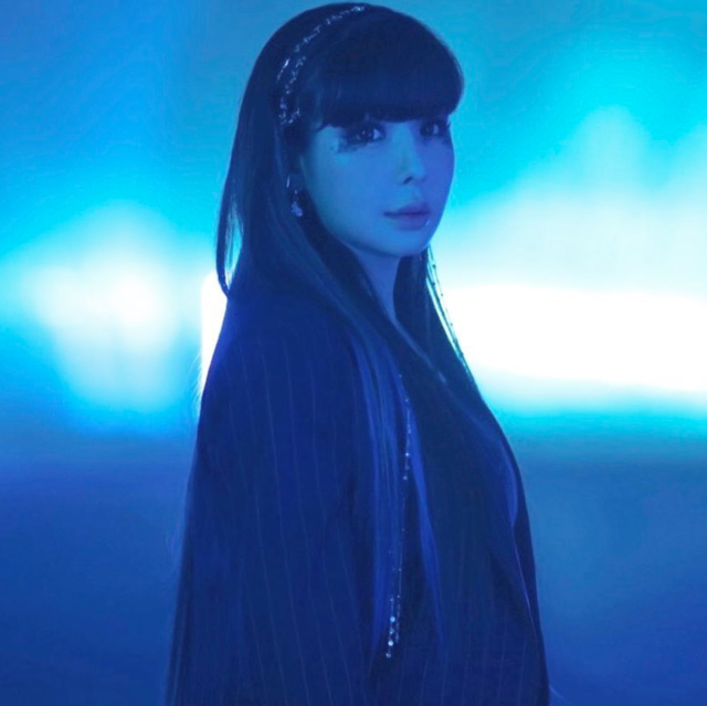 """PARK BOM (박봄) on Instagram: """"Park Bom's second teaser image for her next single '4:44' featuring MAMAMOO's Wheein — set to release on May 2nd, 2019 💙🌫 @newharoobompark"""" (45589)"""