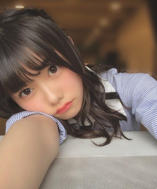 """千葉 恵里(ちばえりい) on Instagram: """"ちらっ❤️・・・#制服 #撮影 #ヘアアレンジ"""" (73013)"""
