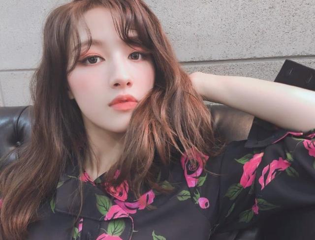 Instagram post by 오승희 • Jul 11, 2019 at 9:21am UTC (82458)