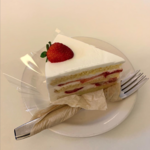 静かで落ち着く雰囲気☆イチゴショートケーキが美味しいと話題のカフェ「peony 延南本店」