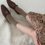 ローファーを履いて足元からおしゃれに!韓国女子の「ローファーコーデ」に注目♡