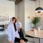 """韓国女子人気のビックシルエットが可愛い♡""""オーバーサイズパーカー""""コーデ特集!"""