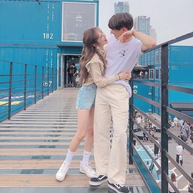 https://weheartit.com/entry/354349136?context_query=ulzzang+couple&context_type=search (175612)