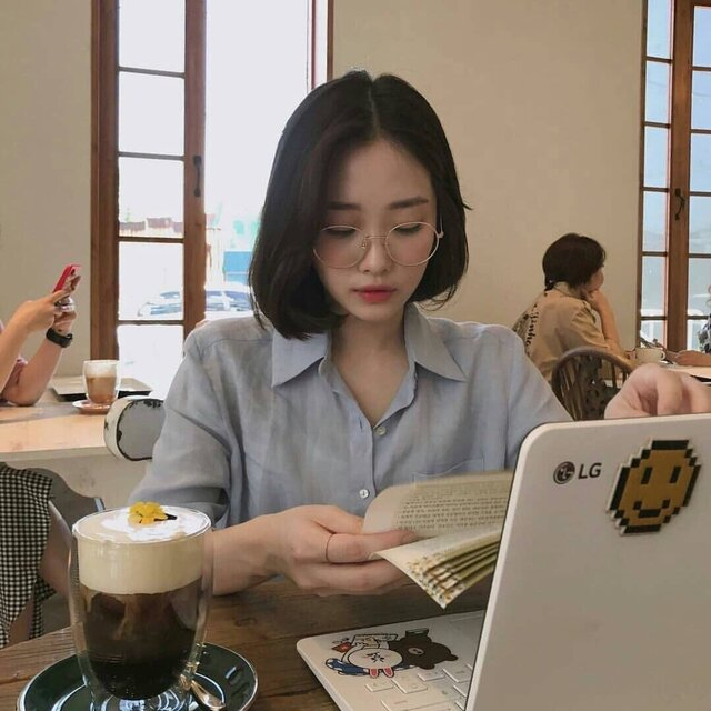 https://weheartit.com/entry/330930936?context_page=4&context_query=ulzzang+study&context_type=search (191441)