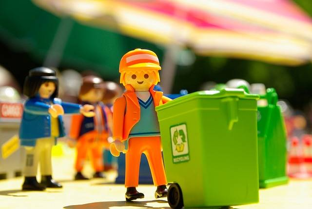 Playmobil Toy Garbage Collector - Free photo on Pixabay (1843)