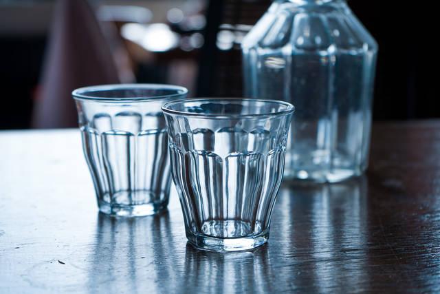 ミニマルな暮らし。フランスで出会った普遍的なグラス
