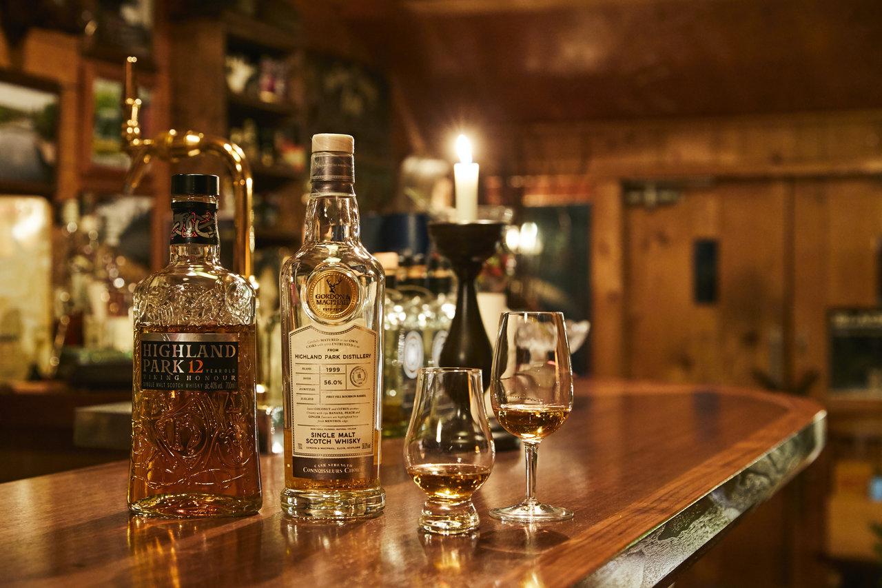 ウイスキー専門のモルトバーで楽しむ。一期一会のボトラーズウイスキー