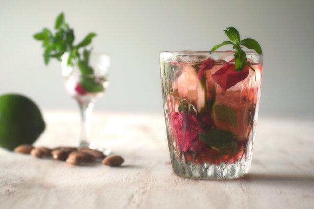 一人暮らしのおもてなしを格別にする『Dew Rose Cordial』