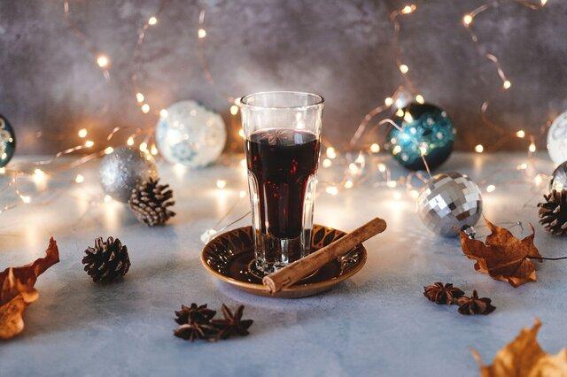 冷たい気温が引き立て役に。冬の季節にこそ美味しい、モルドワイン