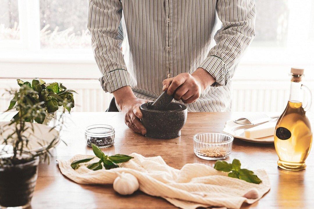 ハーブやスパイスの風味を堪能。乳鉢と乳棒で食生活をもっと豊かに