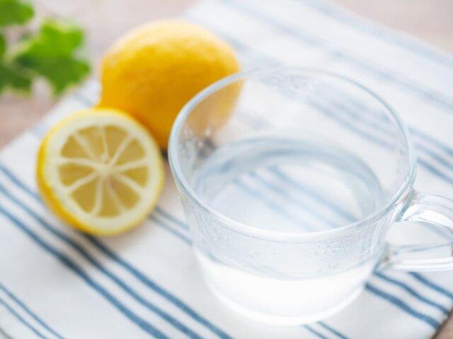 レモン白湯の効果とは?美容・健康効果を知って始めるダイエット